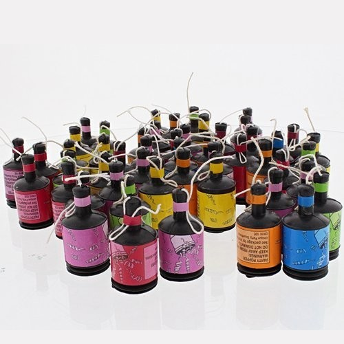 50 Party Poppers (Example Photo)
